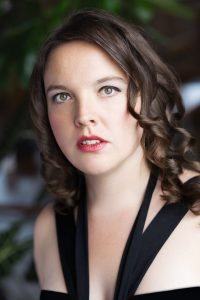 Jen Beattie-color headshot2